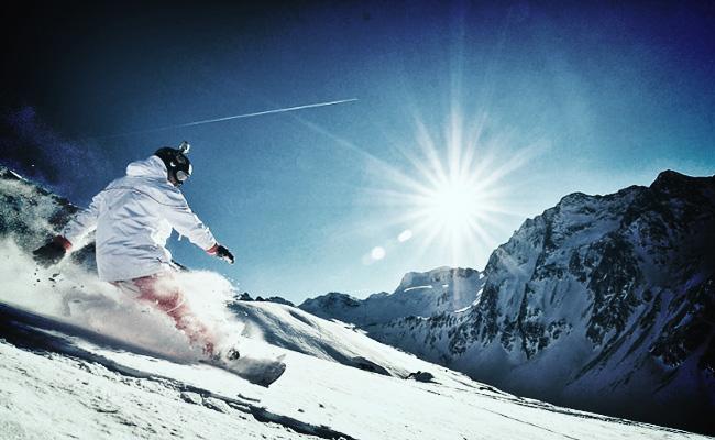 Сноубордист на курорте Оре