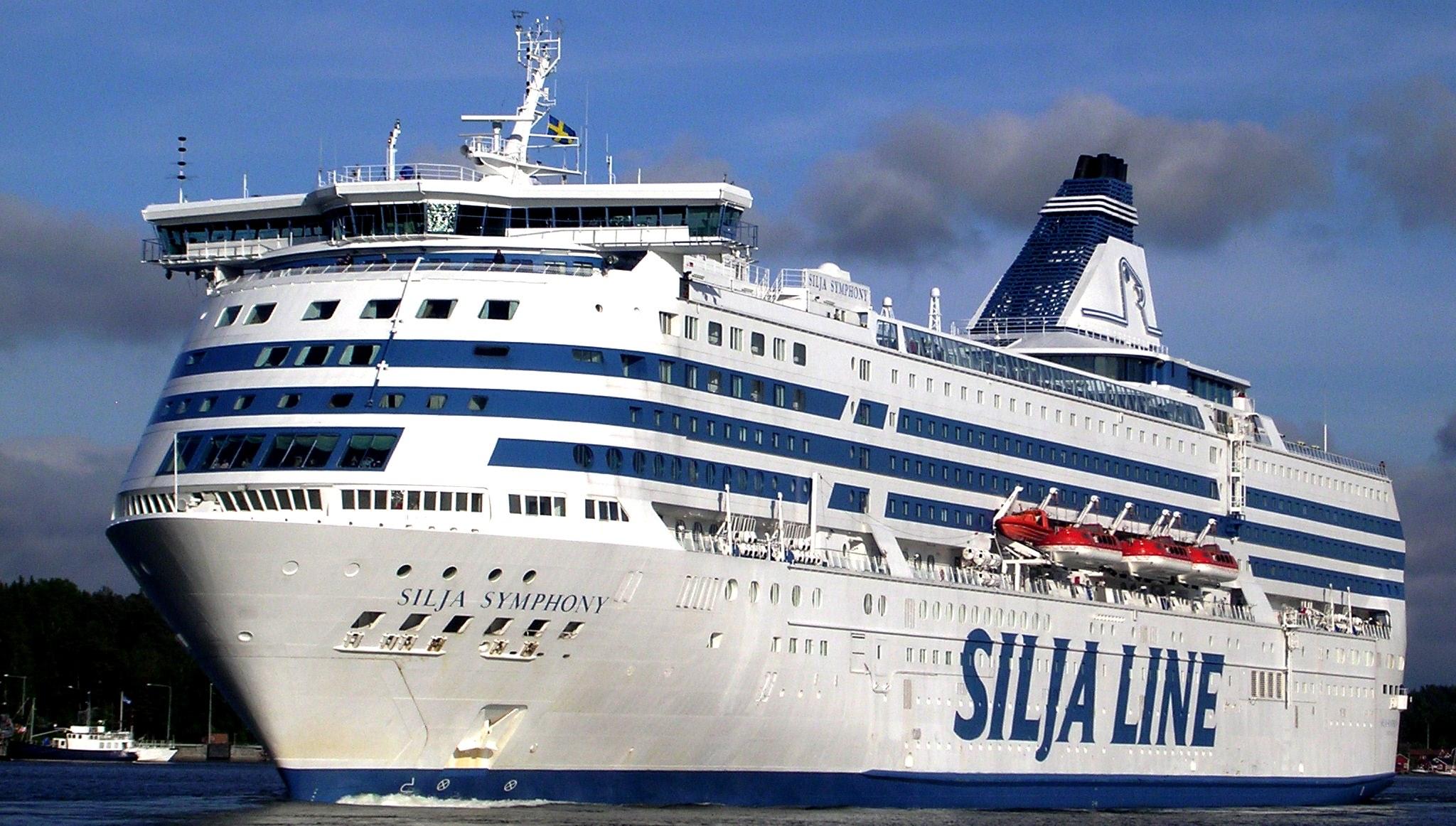 Морское путешествие из Хельсинки в Стокгольм на пароме Silja Symphony
