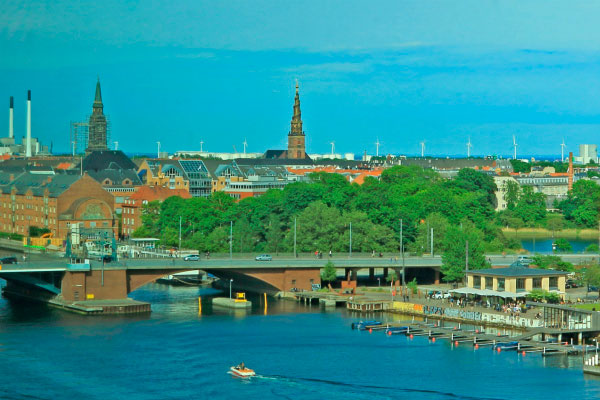Столица Дании в июне.