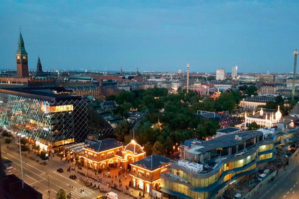 Столица Дании в июле.