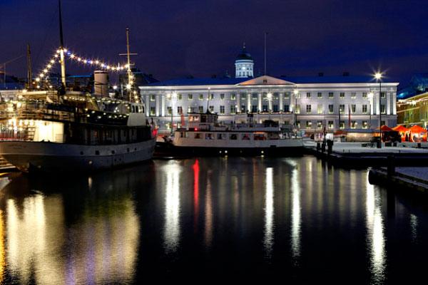 Столица Финляндии в декабре.