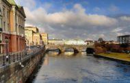 Стокгольм вмарте— лиловые крокусы иДень Святого Патрика